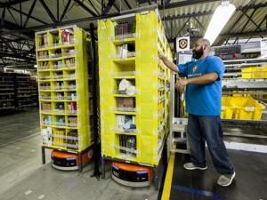 Robot sẽ được dùng phổ biến hơn trong thương mại điện tử